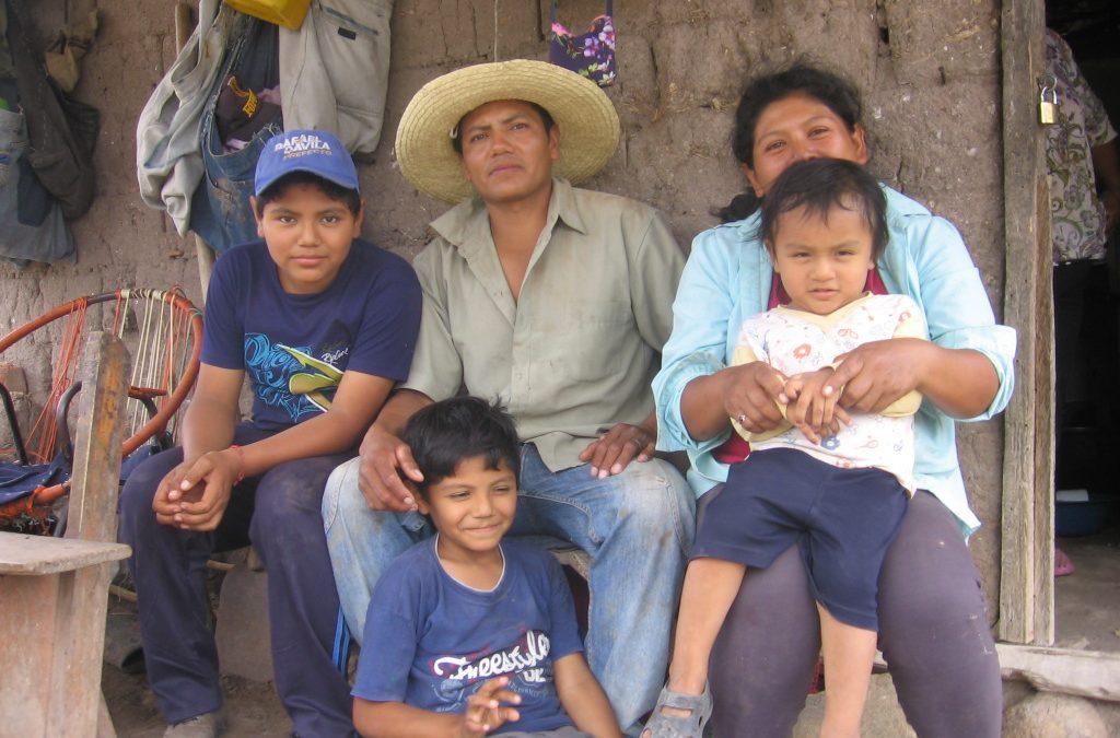 Buscamos alianzas para la construcción de casas  Anti-Chagas